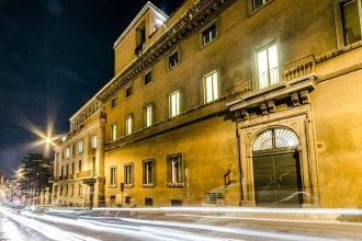 Luxury Rooms H 2000 Roma
