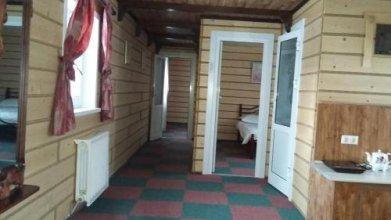 Holiday Home on Slavyanskaya