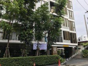 Silom Deluxe 1Br Apartment