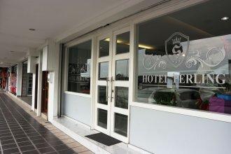 Rose Cottage Hotel Taman Perling