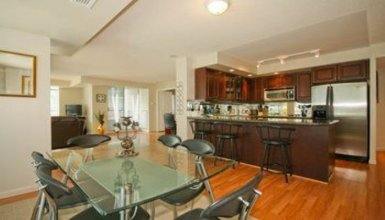 Furnished Apartments - 140 Simcoe Street
