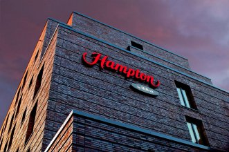 Hampton By Hilton City West