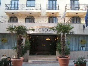 The Crown Hotel St Pauls Bay