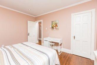 Applewood Suites - Queen West Loft