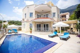 Villa Monte by Akdenizvillam