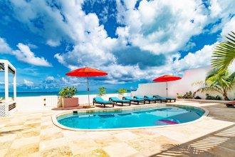 Caprice 7 Ocean Front Villa private Pool