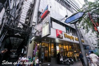 Silom Space Hostel