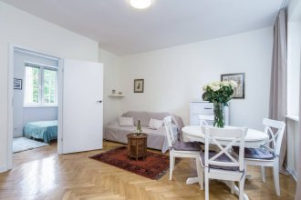 Elite Apartments Złotników Fiore | 3 separate bedrooms  & heart of the Old Town | OLD TOWN