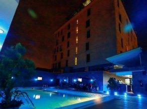 Golden Tulip Essential Airport Hotel Lagos