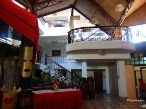 De Loro Inn and Restaurant