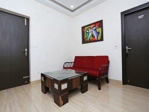 OYO 14389 Diplomat Suites