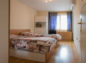 FM Deluxe 2- BDR Apartment - Youth Hill Plovdiv