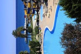 Hydros Beach Resort & Hydros Club Hotel - All Inclusive
