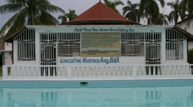 Executive Mamme Bay Hotel and Conference