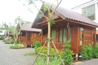 Ruenthong Resort Surat Thani