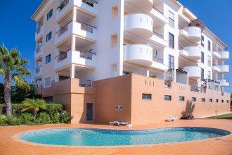 АпартаментыA4 - Large Modern 1 Bed Apartment with Pool