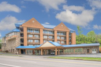 Clarion Pointe Downtown Gatlinburg