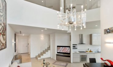 Deluxe Loft 2BR White City by HolyGuest