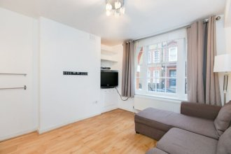 Eson2 - 1 bedroom flat next to Oxford Street