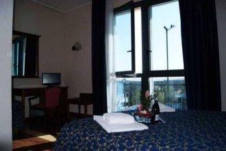 Hotel Resi & Dep