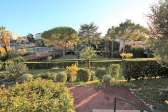 Fully Equipped Appartment 100 m2 Clear View on the sea and Californie Hills