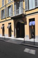 Montenapoleone – RentClass Gloria