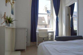 2 Bedroom Flat In Central Edinburgh