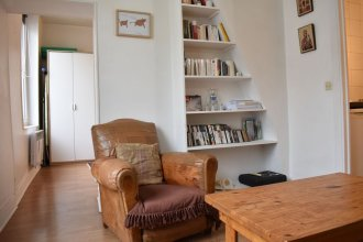 1 Bedroom Apartment In Central Paris