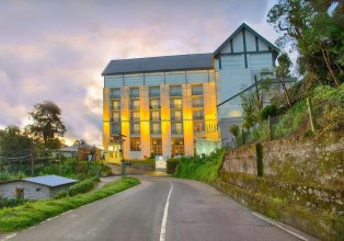 The Golden Ridge Hotel