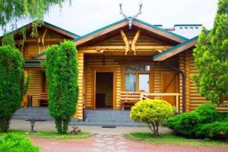 Okhotnichiy Club