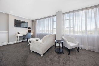 Canberra Rex Hotel & Serviced Apartments