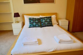3 Bedroom Bruntsfield Flat