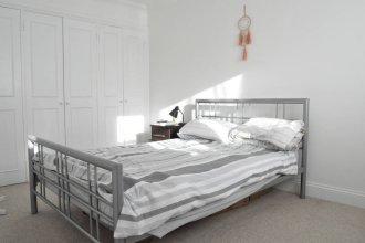 Lovely 1 Bedroom Flat in Trendy Peckham