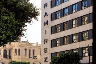 Ramírez Flats & Bar