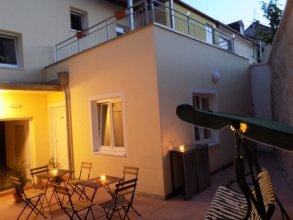 Karlsbad Apartments