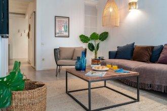 Habitat Apartments Pl. España Balconies