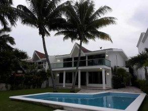 Casa Quetzal Cancun - 4 Br Home