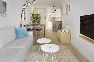 Marina Apartment by Sanserent