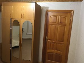Guest House on Griboedovsky 27a - hostel