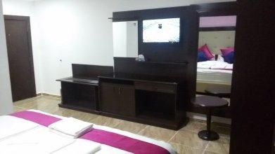 Petra Guests Hotel