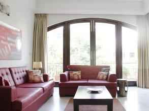 Secludecity - Safdarjung Enclave Apartment