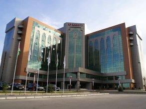 Отель Ramada Plaza by Wyndham Гянджа