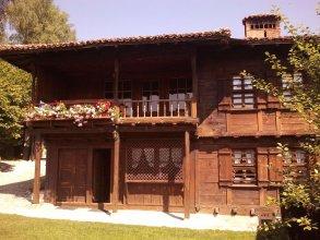 Trayanova Guest House