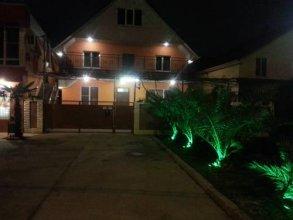 Guest House on Pereletnaya Street