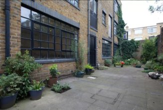 3 Bedroom Contemporary Home In Shoreditch