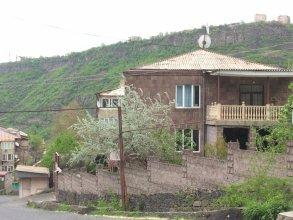 Мини-Отель Дом в центре города Алаверди