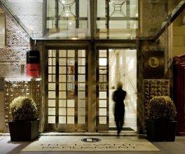 Отель The Levante Parlaiment A Design