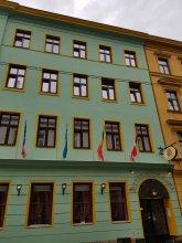 Отель Altwienerhof