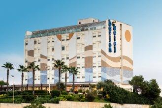 Отель Barion
