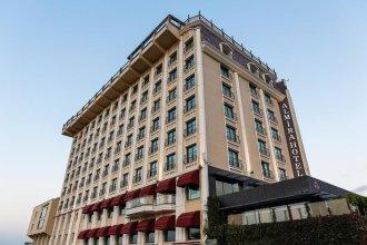 Отель Almira Thermal Spa & Convention Center